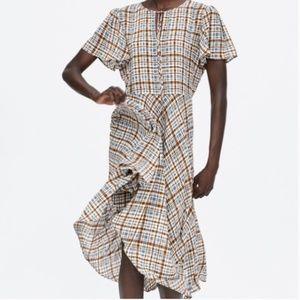 Zara plaid flowy dress